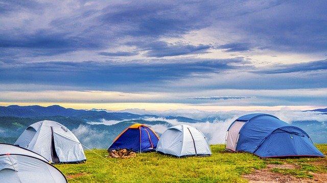 Est-il possible de trouver des offres de vacances en camping pas chères ?